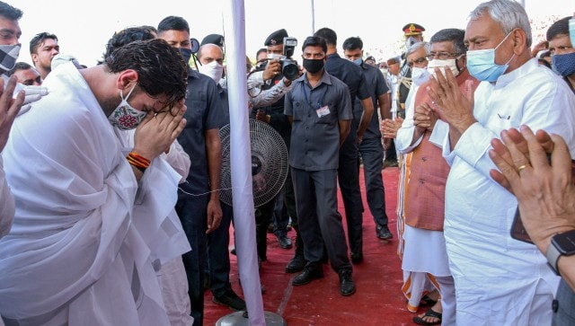 Ram Vilas Paswan cremated in Patna with full state honours; several leaders attend LJP founder's last rites