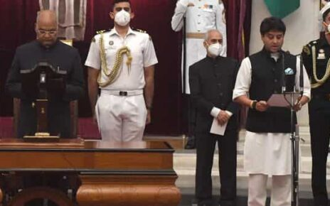 President Ram Nath Kovind administering oath to Jyotiraditya Scindia during the swearing ceremony as part of Union Cabinet expansion, at Rashtrapati Bhawan in New Delhi on Wednesday. (ANI)