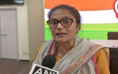 Congress Mahila leader Sushmita Dev quits party, likely to join TMC
