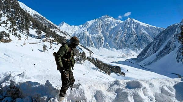 India is also ramping up construction of tunnels, bridges roads and other critical infrastructure in eastern Ladakh and other areas along the nearly 3,500-km LAC. A representational image. (Photo: AFP)