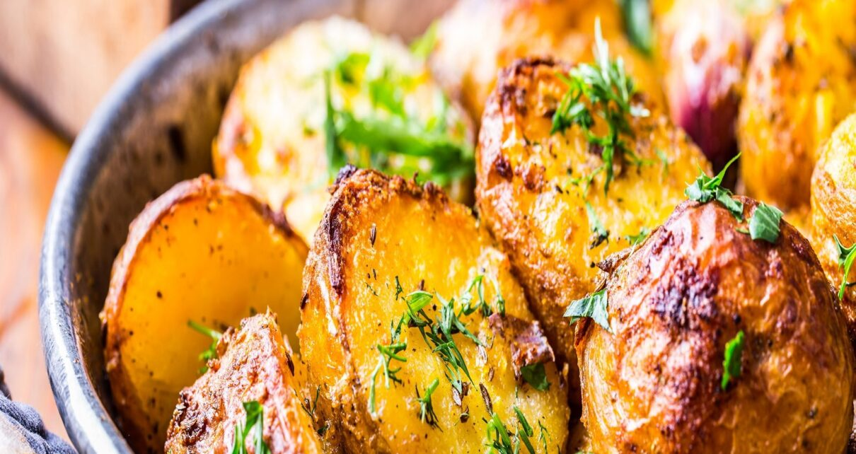 Health Benefits Of Roasted Aloo improves digestion and reduces obesity pur – News18 Hindi