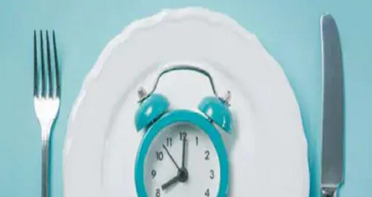 Health news intermittent fasting reduces the risk of diabetes and high bp