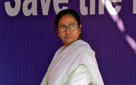 Mamata Begins Bhabanipur Bypoll Campaign with Attacks on BJP