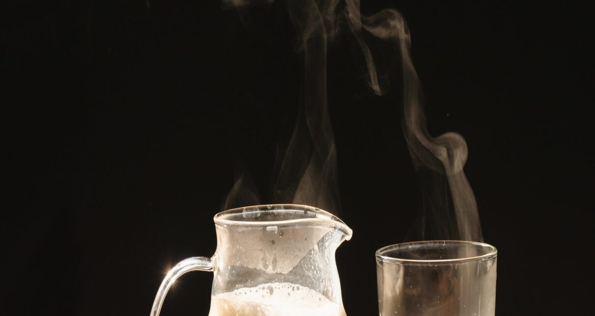 Drinking hot milk at night is beneficial for getting good sleep research nav
